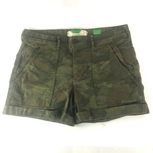 ANTHROPOLOGIE The Wanderer Green Camo Print Shorts